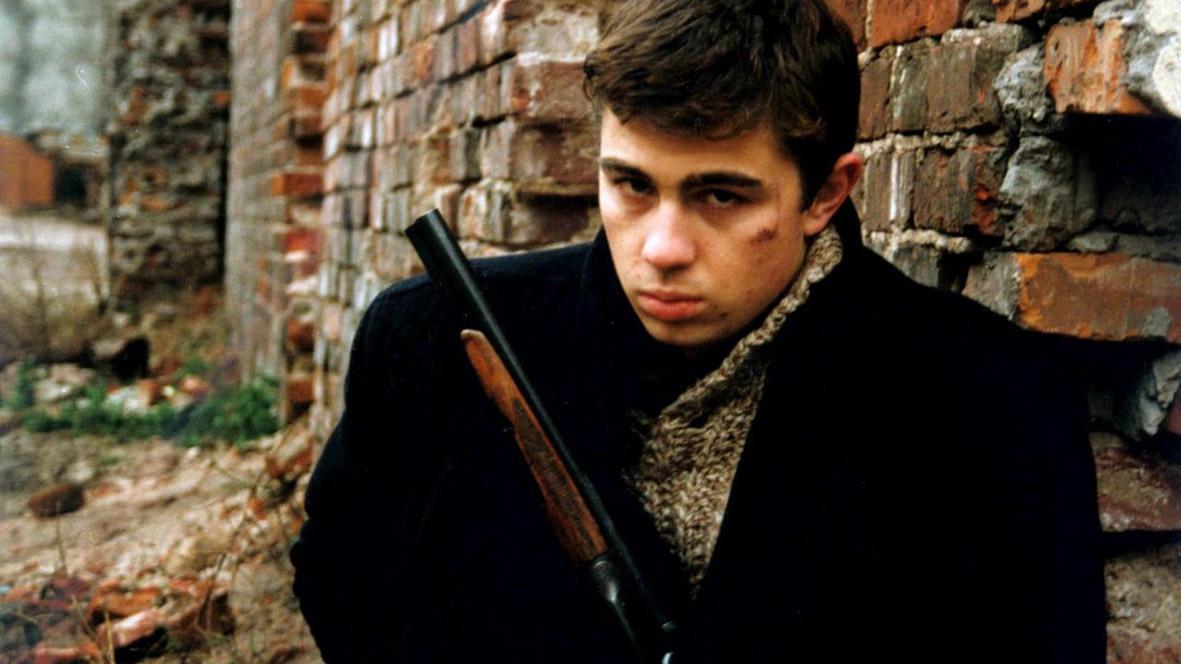 "Recenzja filmu ""Brat"" (1997), reż. Aleksey Balabanov."