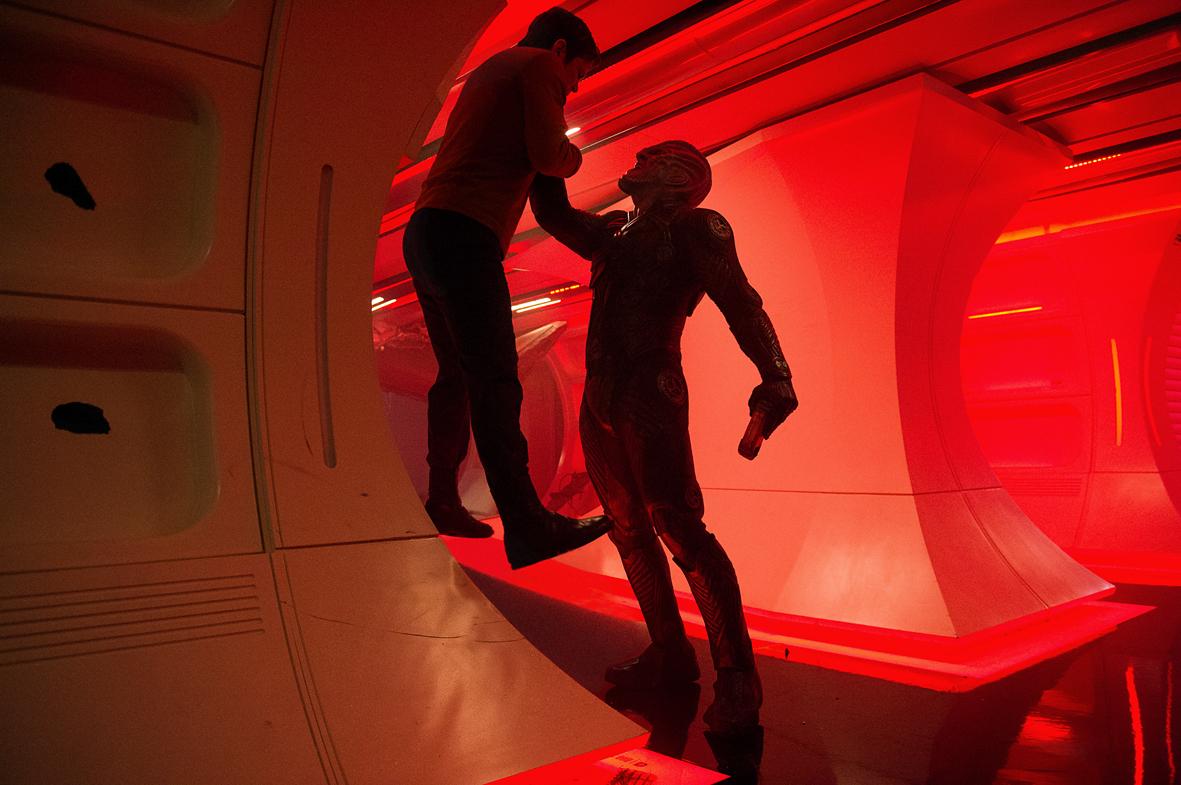 """Recenzja filmu """"Star Trek: W nieznane"""" (2016), reż. Justin Lin"""